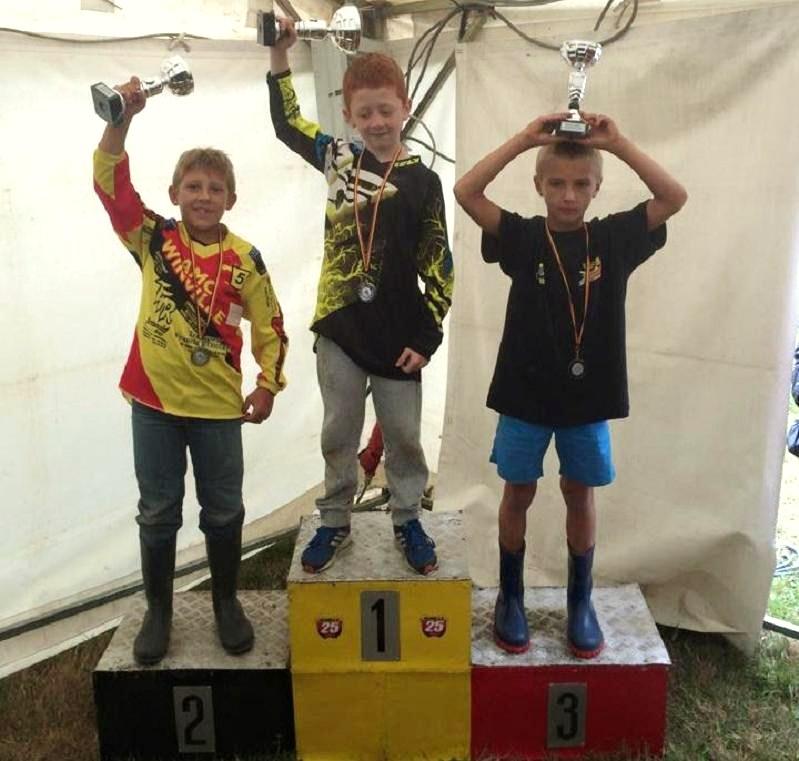 Motocross Warsage - 16 août 2015 ... - Page 2 11898510