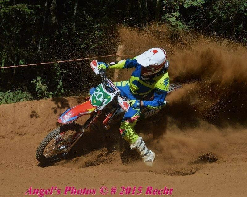 Motocross Recht - 23 août 2015 ... - Page 2 11898611