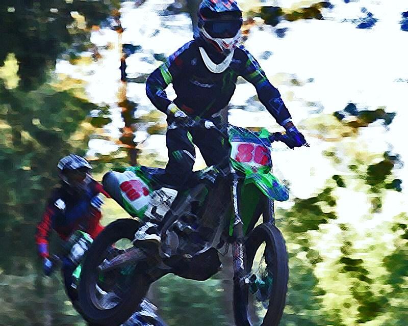 Motocross Recht - 23 août 2015 ... - Page 4 11899812