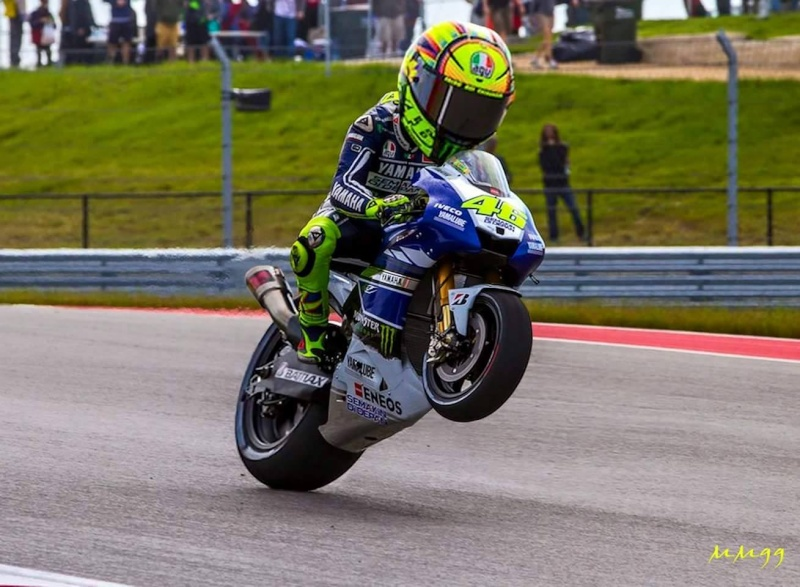 Topic Rossi MotoGP - Page 5 11402310