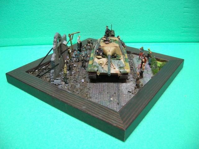 """Jusque au bout"" - SdkfZ 186 Jagdtiger (Italieri 1/72) Dscn3623"