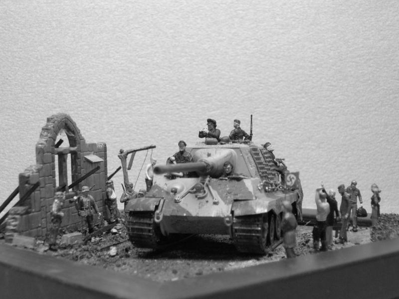 """Jusque au bout"" - SdkfZ 186 Jagdtiger (Italieri 1/72) Dscn3625"