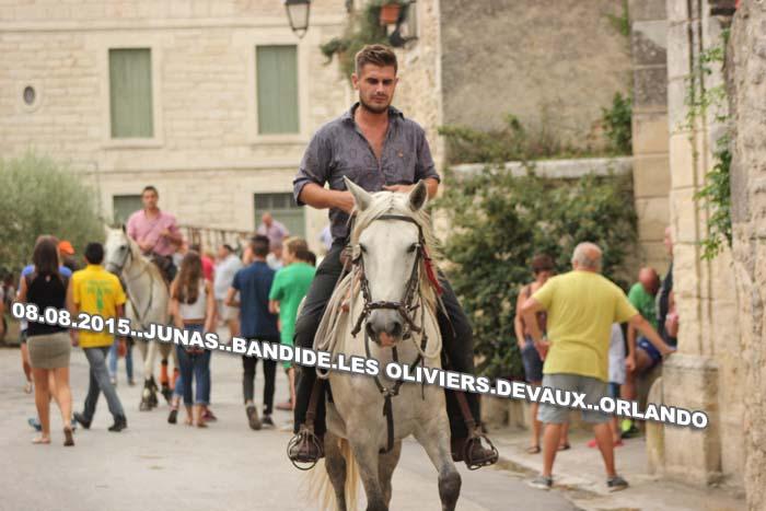 08...08...2015..JUNAS...Bandide des Manades  les Oliviers  & Devaux Img_0080