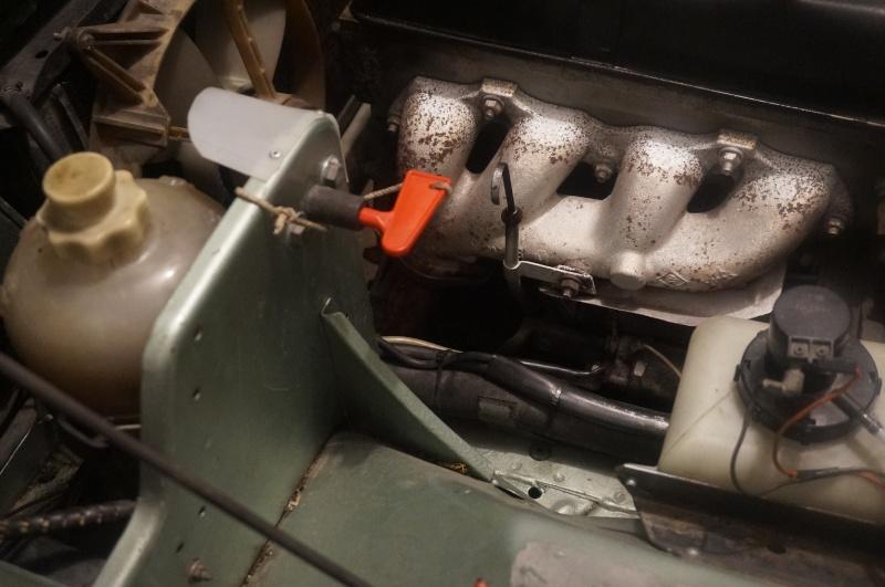 Cosse de batterie antivol / coupe batterie  Dsc02919