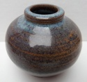 Globular vase with impressed mark - mystery HS mark Marksp60
