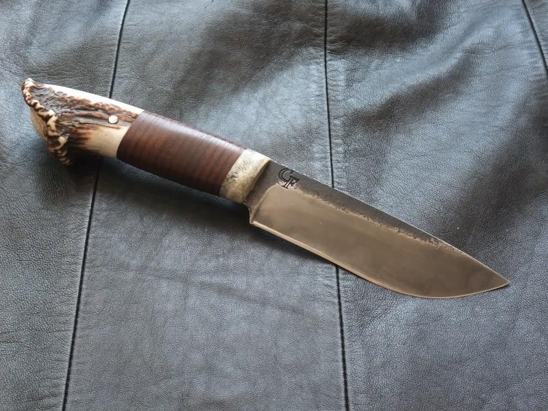 Mes outils de coupe quand je sors (pas en smoking) Dscf4410