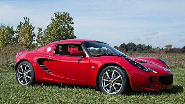 Pour ceux qui aiment les belles voitures Lotus_10