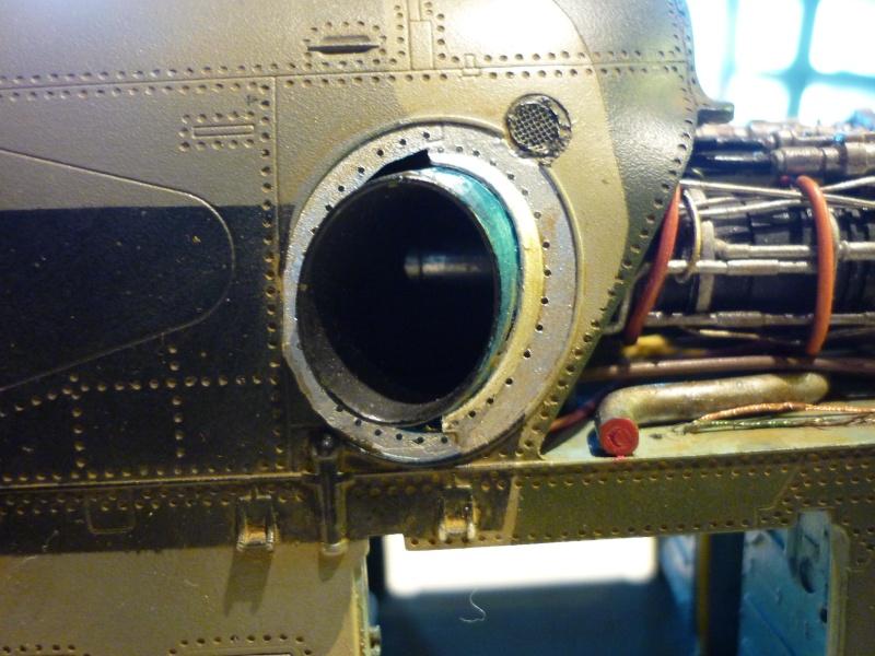 "MIL MI-24V ""HIND"" Trumpeter 1/35 - Page 3 P1020521"