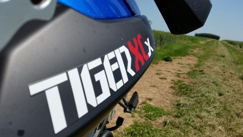 triumph Tiger 800 XCX 20150612