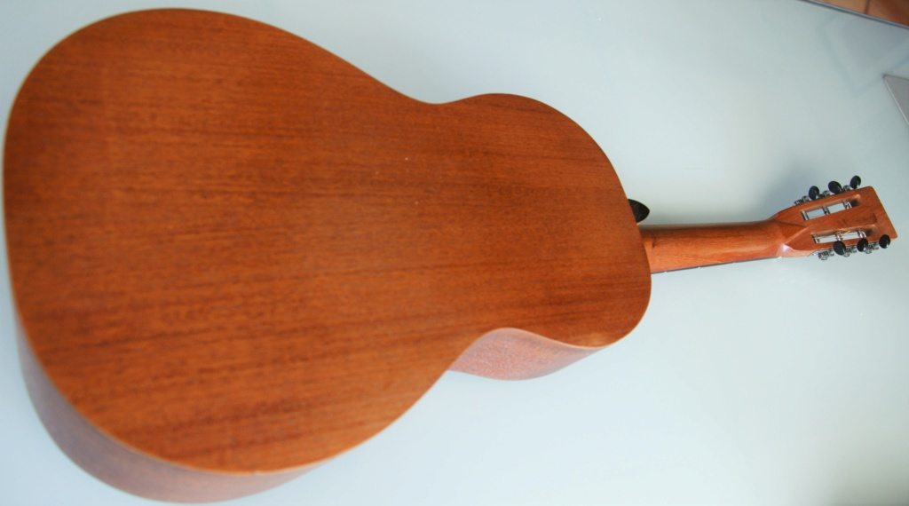 Chipman  2-17 all mahogany (luthier US) 228