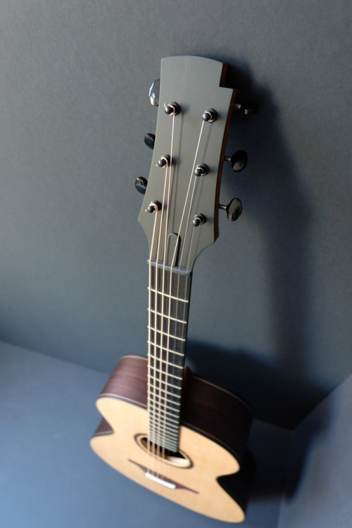 un nouveau jeune luthier français Adrien10