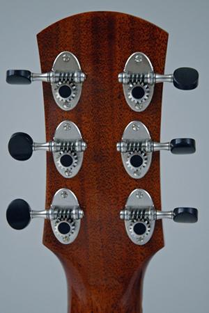 parlor du luthier espagnol David solé (Leno guitars) Alessi10