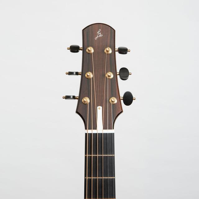 parlor du luthier espagnol David solé (Leno guitars) Alessi11