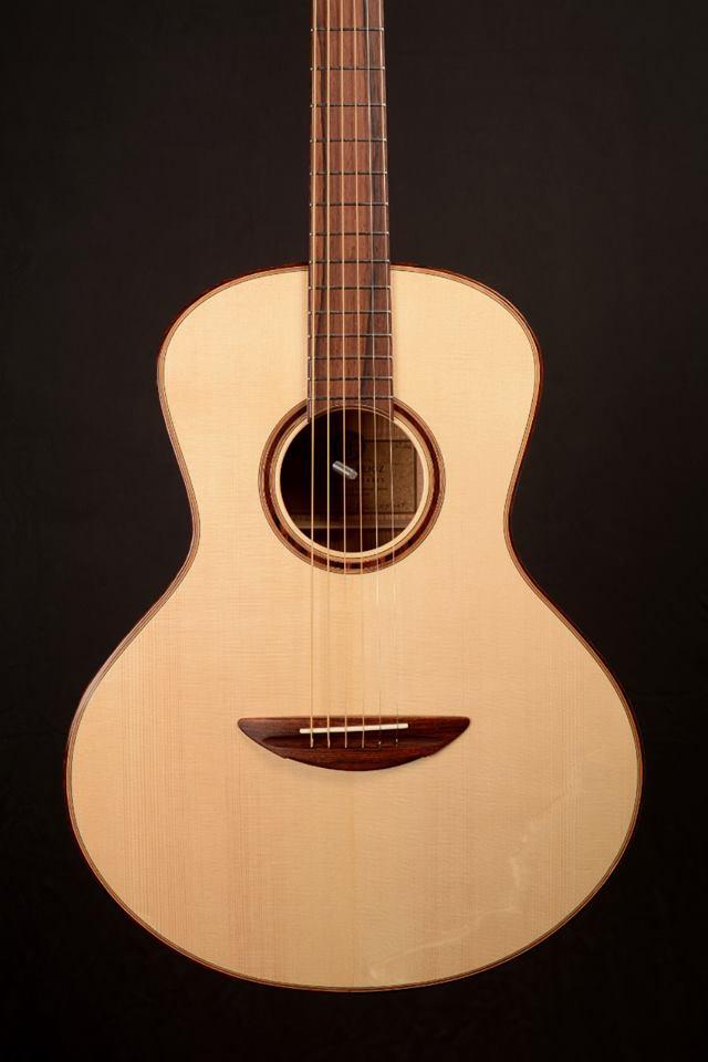 parlor du luthier espagnol David solé (Leno guitars) Alizzo10