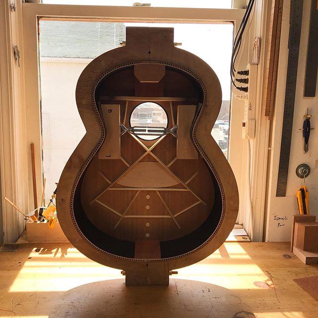 parlor du luthier espagnol David solé VENDUE - Page 4 Dion_b10