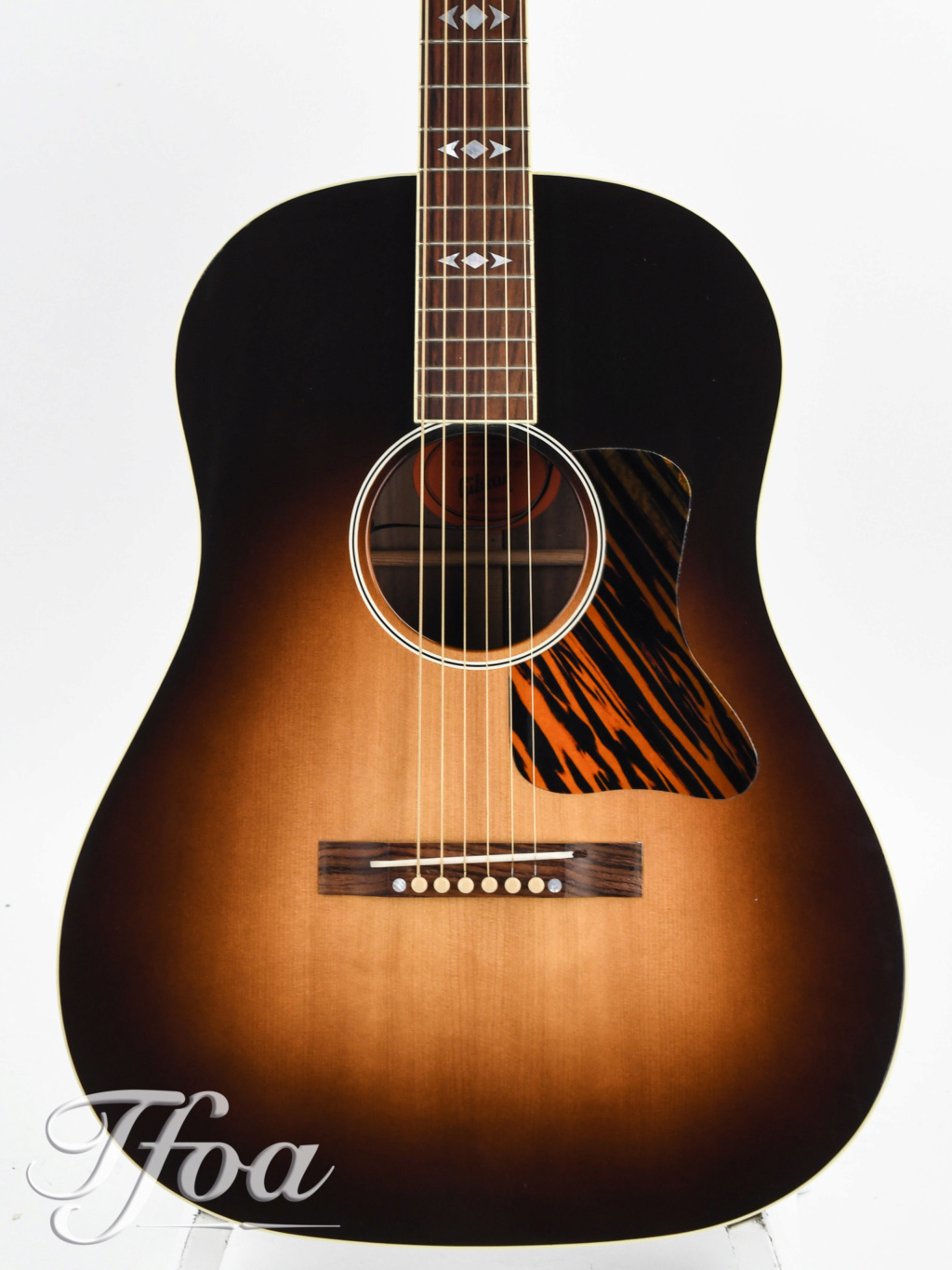Gibson Advanced Jumbo Custom Shop Adirondack Image16