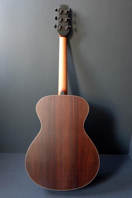 un nouveau jeune luthier français Luthie10