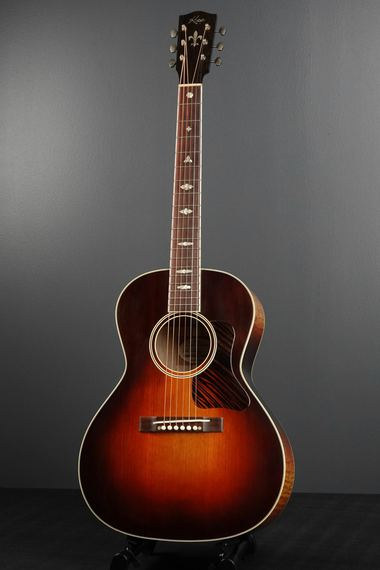 Santa Cruz copie Gibson Roy Smeck à 2400 €... R0011