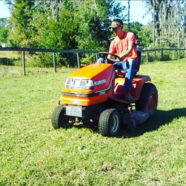 Kubota Utility tractor Gragad10