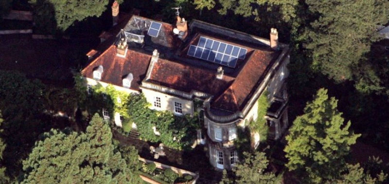 George Clooney's house in England - Page 4 Hh13