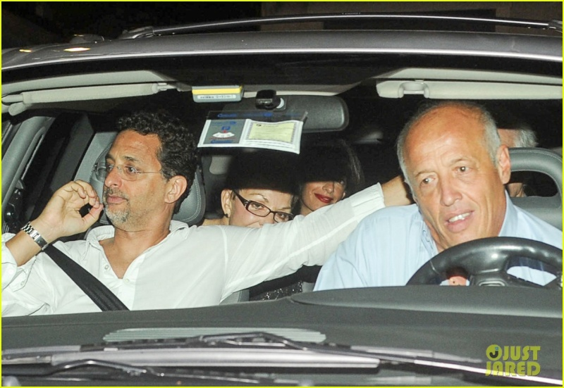 George Clooney and wife Amal take family out to dinner 14 july Nn10