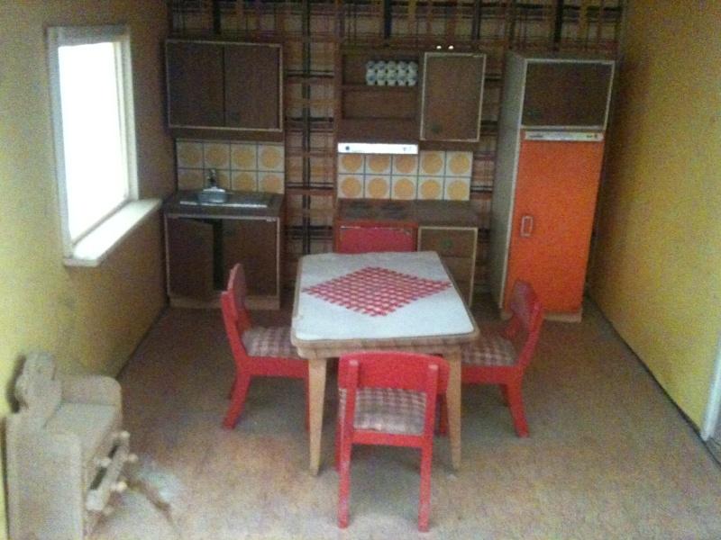 Maison Lundby et autres maisons de poupées de Lilas et Marie... Img_2344