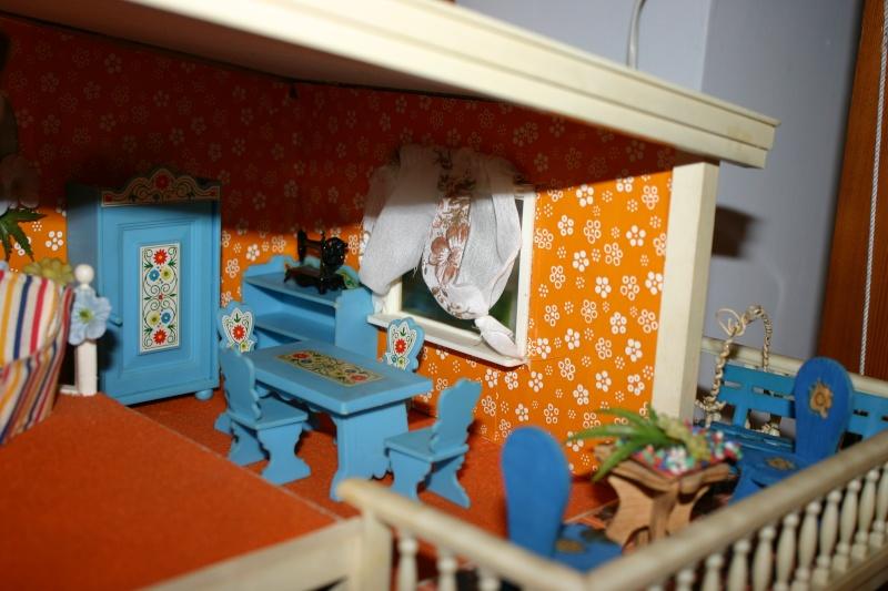 Maison Lundby et autres maisons de poupées de Lilas et Marie... Img_4921
