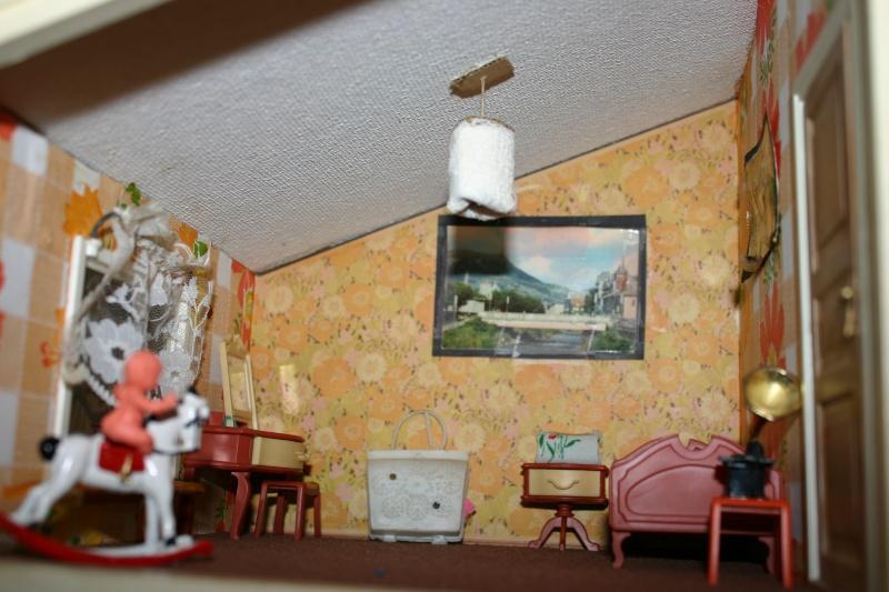 Maison Lundby et autres maisons de poupées de Lilas et Marie... Img_4926