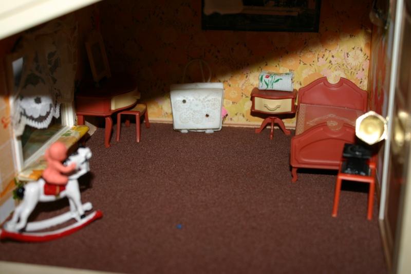 Maison Lundby et autres maisons de poupées de Lilas et Marie... Img_4927