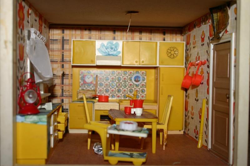 Maison Lundby et autres maisons de poupées de Lilas et Marie... Img_4928