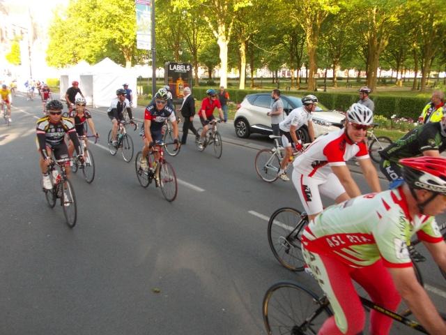 14/06/2015 fête du vélo a st-quentin - Page 2 Fyte_d12