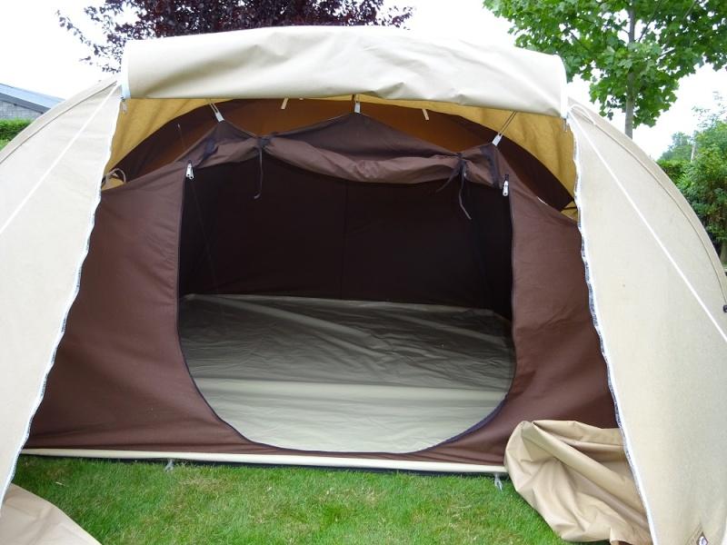 Hésitation entre 2 tentes Dsc01632