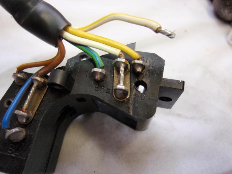 Repairing left switch block P8240415