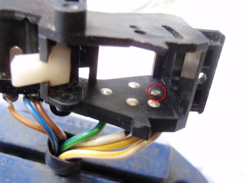 Repairing left switch block P8240422