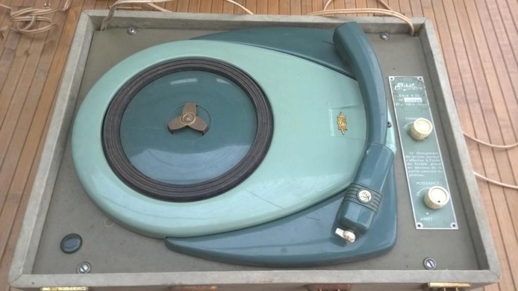Tourne disque des années sixties F02c8a10