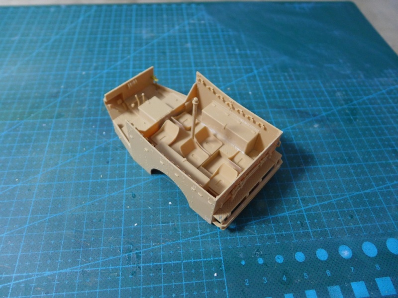 "M3A1 ""White Scout Car"" von HobbyBoss P1040163"