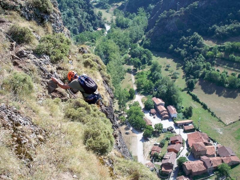 Vía ferrata: domingo 12 de julio 2015 - La Hermida, El Milar y Los Llanos (Cantabria) 034_yi10