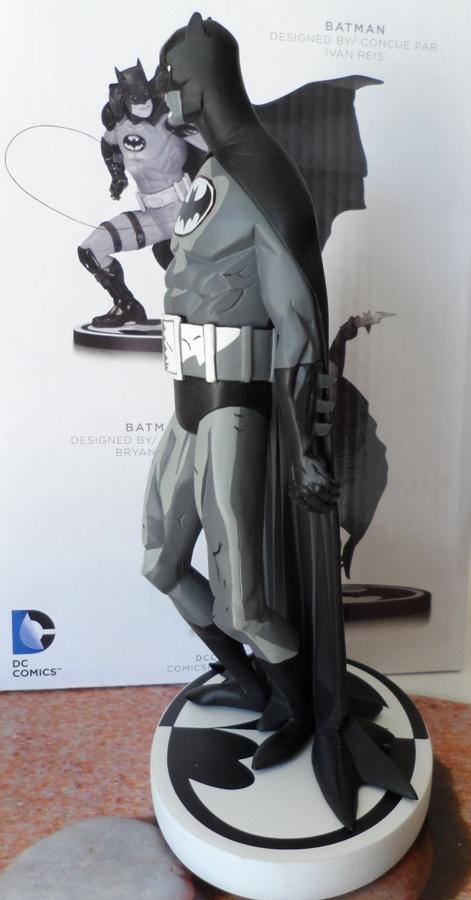 BATMAN BLACK & WHITE #06 : MIKE MIGNOLA - Page 2 Batman33