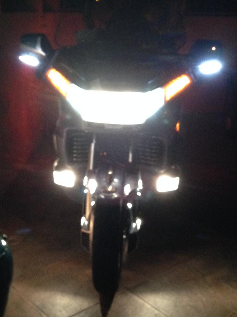 Feux de trottoir avec ampoules H3 Img_0411