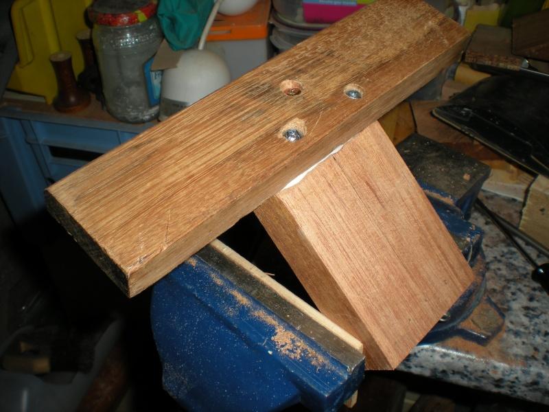 un petit Tour à bois à 3Francs 6Sous - Page 2 10_1_p10