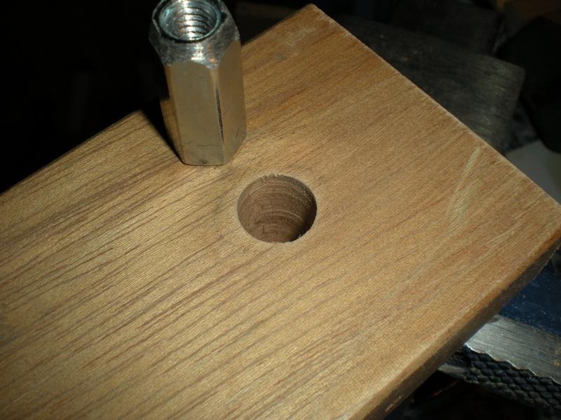 un petit Tour à bois à 3Francs 6Sous - Page 2 8_2_su10