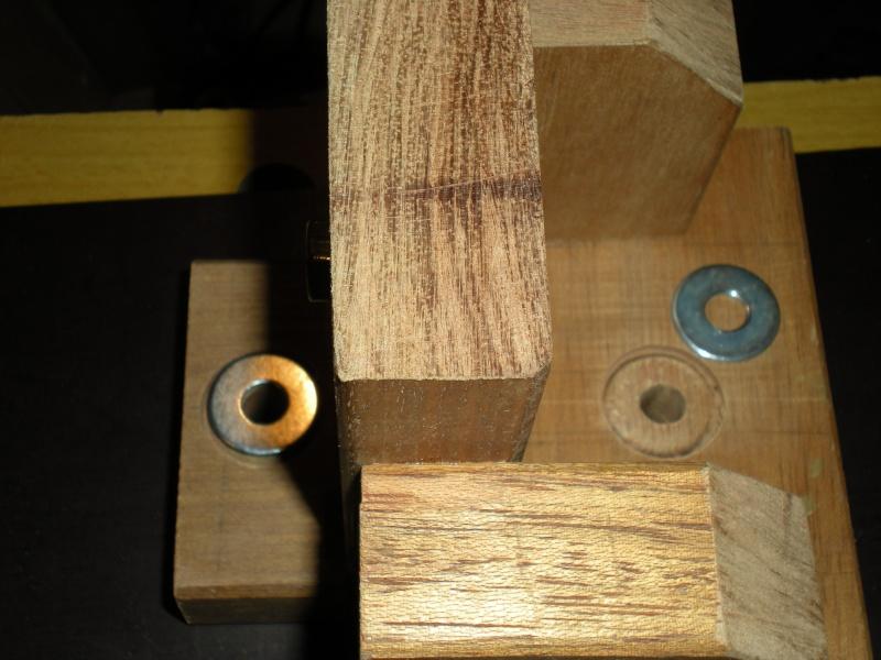un petit Tour à bois à 3Francs 6Sous - Page 2 8_3_1_10