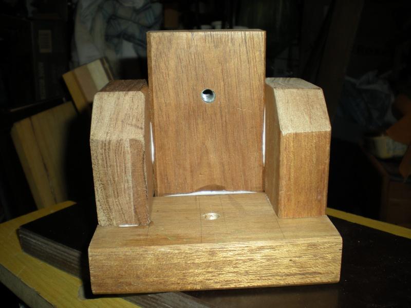 un petit Tour à bois à 3Francs 6Sous - Page 2 8_3_su10