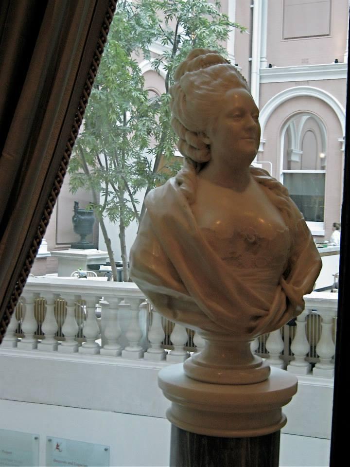Madame Victoire  17797110