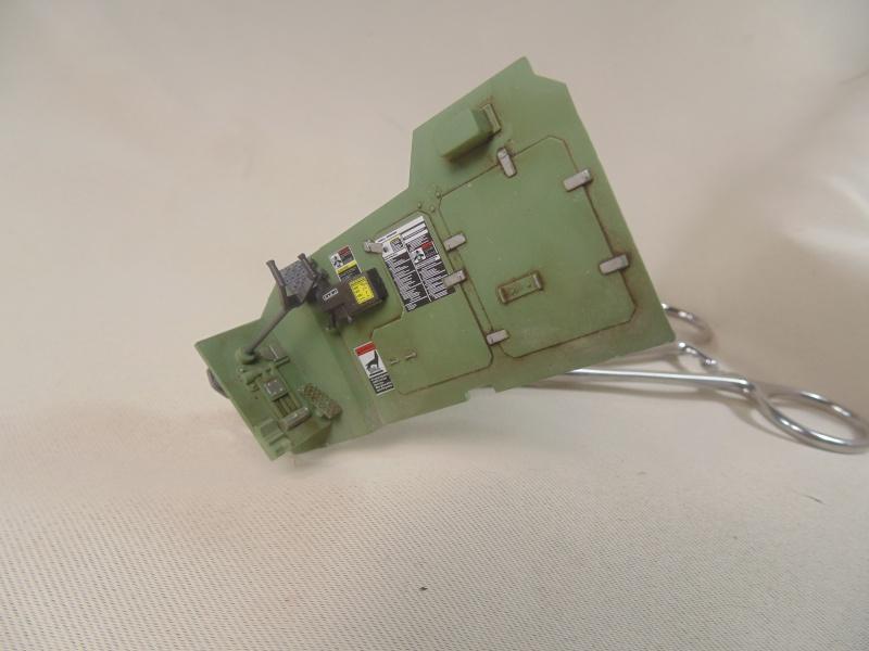 M2A3 Bradley  de MENG au 1/35° Dsc00810