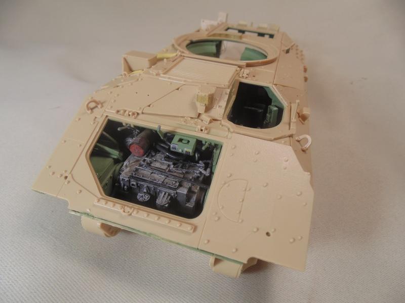 M2A3 Bradley  de MENG au 1/35° Dsc00828