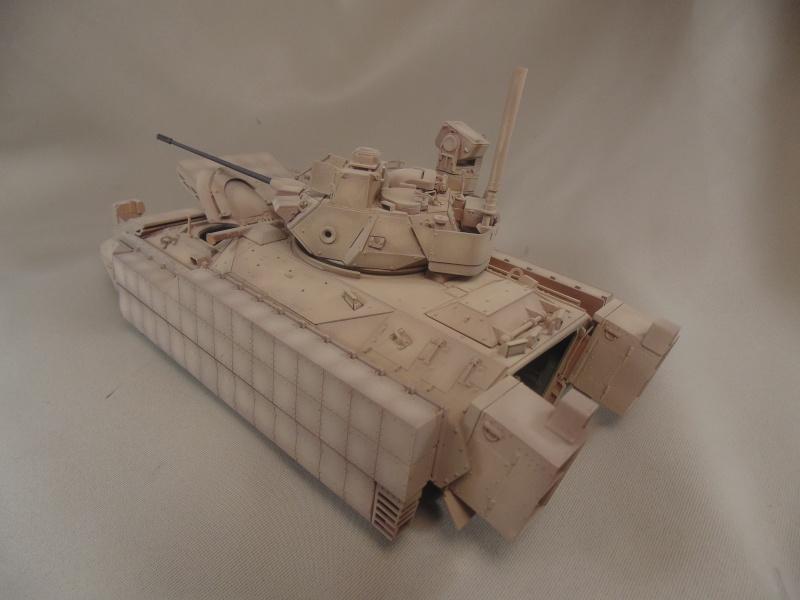 M2A3 Bradley  de MENG au 1/35° Dsc00843