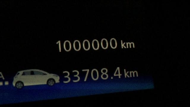 Des milliers, des dizaines de milliers, des millions de kilomètres déjà parcourus en Zoé - Page 15 Img_2210