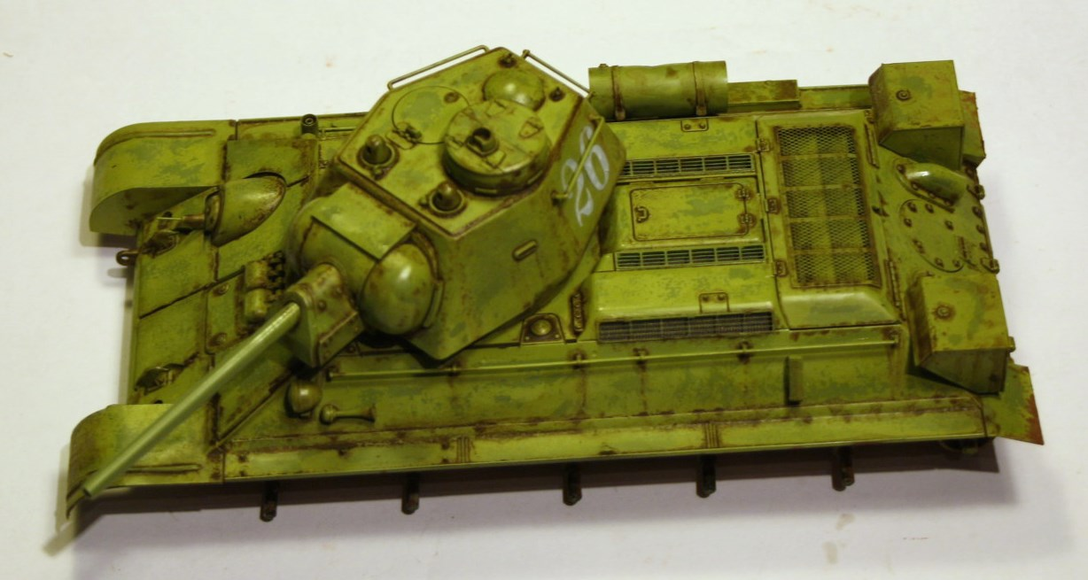 T-34 / 76  tourelle hexagonale  - Page 2 Img_1524