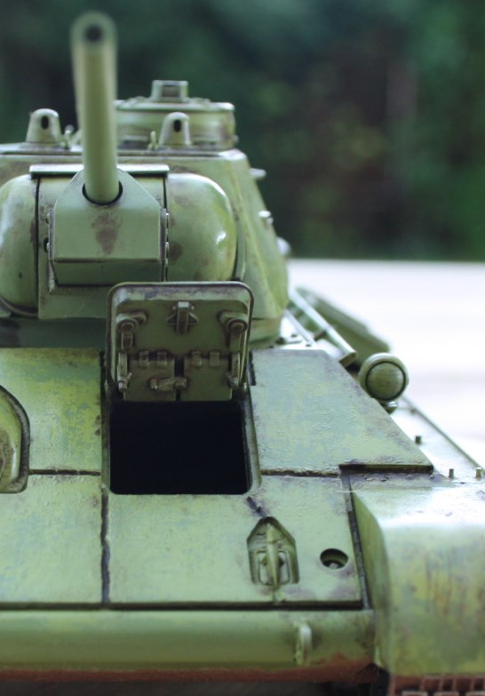 T-34 / 76  tourelle hexagonale  - Page 2 Img_1532